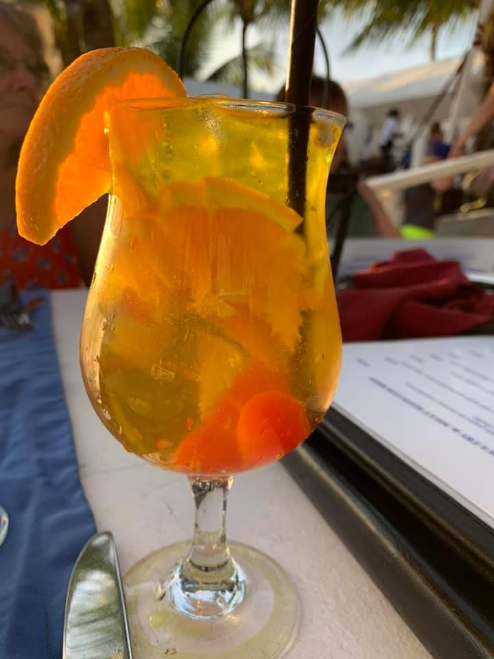 What is your go to drink when on island and where is your best happy hour spot youd recommend to new visitors? Pic by Amber Herman #aruba #onehappyisland