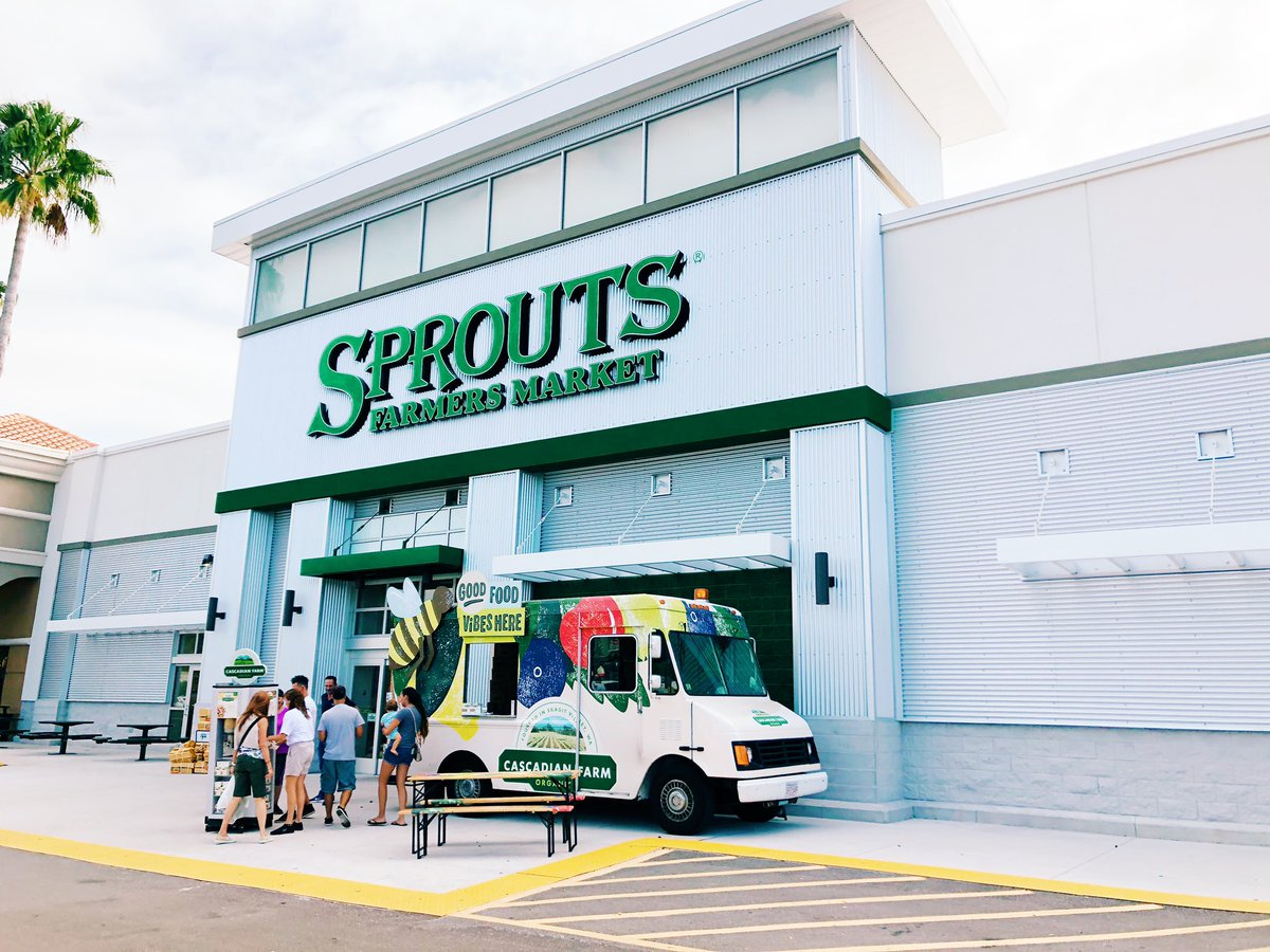 We're @sproutsfm Clearwater until 6PM! Swing by for free samples of #organic goodies at the truck. 😋 #GoodFoodVibesTampa #Tampa #cascadianfarm #alwaysorganic https://t.co/RSjEMcNpw7