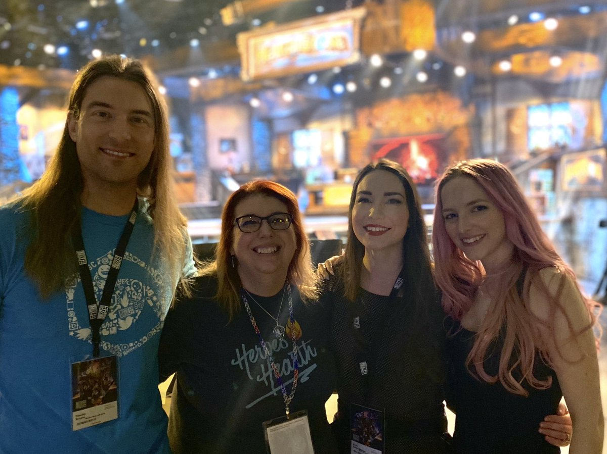 Found @HeroesofFitness and @NicoleDuCane at the @PlayHearthstone stage! #BlizzCon2019