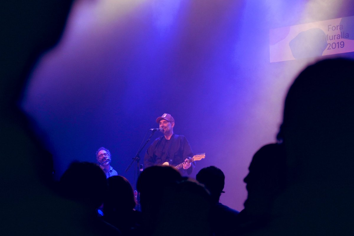 """⚡️💥Immens @jmoatlantis ha aixecat el públic del #foramuralla amb les cançons del seu últim disc """"Elektra"""" ✨ https://t.co/utK8tIu2qA"""