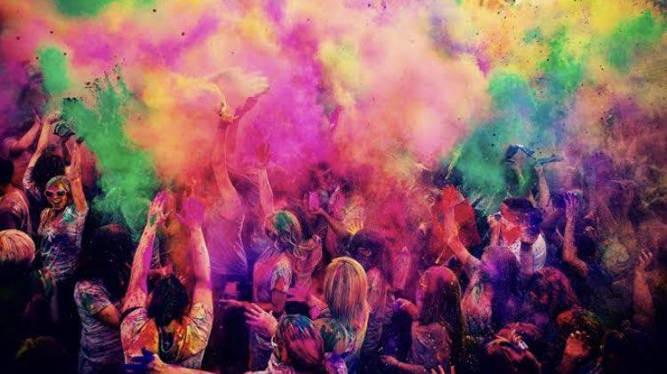 อยากไปเทศกาลเหล่านี้สักครั้งในชีวิต -เทศกาล Holi ที่อินเดีย -เทศกาลหิมะที่ซัปโปะโระ ที่ญี่ปุ่น -งานคาร์นิวัล กรุงริโอ เดอจาเนโร ประเทศบราซิล -เทศกาลบอลลูนนานาชาติอัลบูเควียร์ก รัฐนิวเม็กซิโก ประเทศสหรัฐอเมริกา แต่ละเทศกาลคือจัดเต็มยิ่งใหญ่มาก  #ไม่แน่นจริงทำไม่ได้