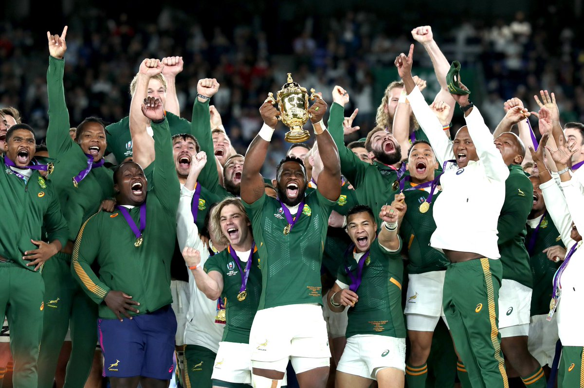 Our fiercest rival on the field, but always a friend off it.   Congratulations to @Springboks on winning the 2019 Rugby World Cup. Enjoy every moment. 🇿🇦  #RWC2019 https://t.co/oY19ZqQWS5