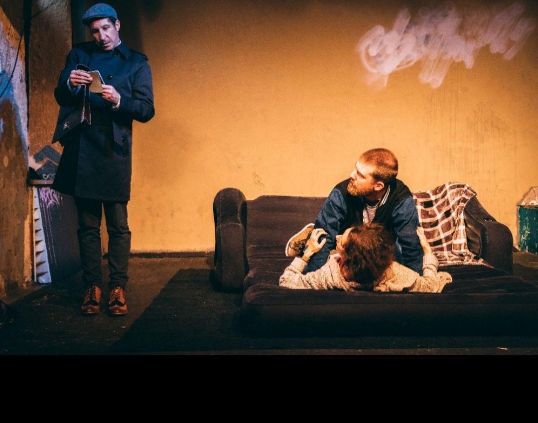 Sex and Crime in Ingolstadt! Nur noch acht Stunden, dann kann der emotionale Ritt durch die Untiefen der menschlichen Seele beginnen: AUSGEL(I)EBT, am 2.11. und 7.11. um 20:30 Uhr im Altstadttheater Ingolstadt. pic.twitter.com/aVikl1pzIG