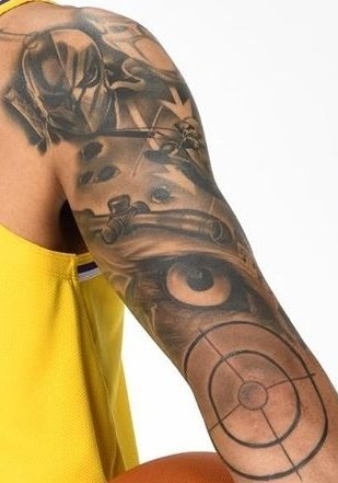 Adam H Wes On Twitter I Thought Danny Green Dressing As Hawkeye For Halloween Was Impressive Then I Realized He Has A Tattooed Sleeve Of Other Lethal Comic Book Marksmen Bullseye Deathstroke Deadshot