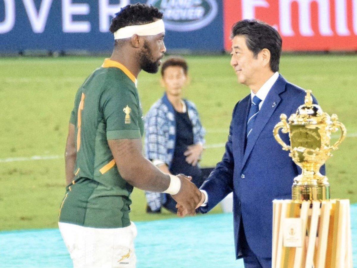 アジアで初めて、我が国で開催されたラグビーワールドカップが、本日、閉幕しました。日本代表の大活躍をはじめ世界の強豪たちの素晴らしいプレーに、日本中、世界中が魅了され、たくさんの感動と勇気をもらった一ヶ月半でした。