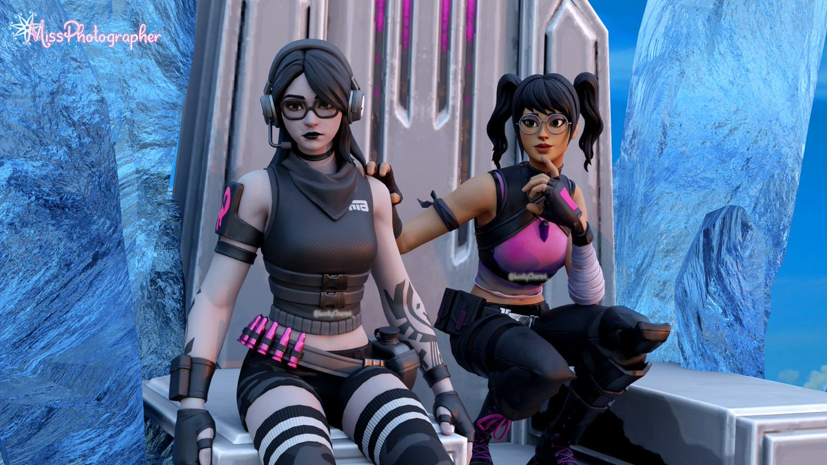 Luckycharm Unrealgalaxy On Twitter Helping A Friend We All Need Help Sometimes Hope You Are Really Good Thank You For Your Share Fortnite Fortniteart Blender3d Render Chapter2 Fortnitegame Wallpapers Fortnitephotography