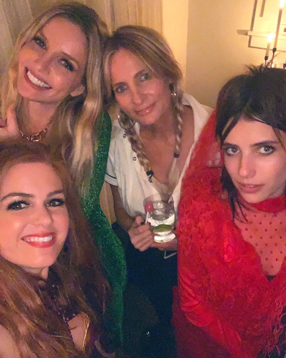 Annabelle Wallis On Twitter Annabelle Celebrating Halloween With Isla Fisher Emma Roberts And Holly Wiersma On October 31st 2019 Annabellewallis Https T Co 7g8mej6j6g