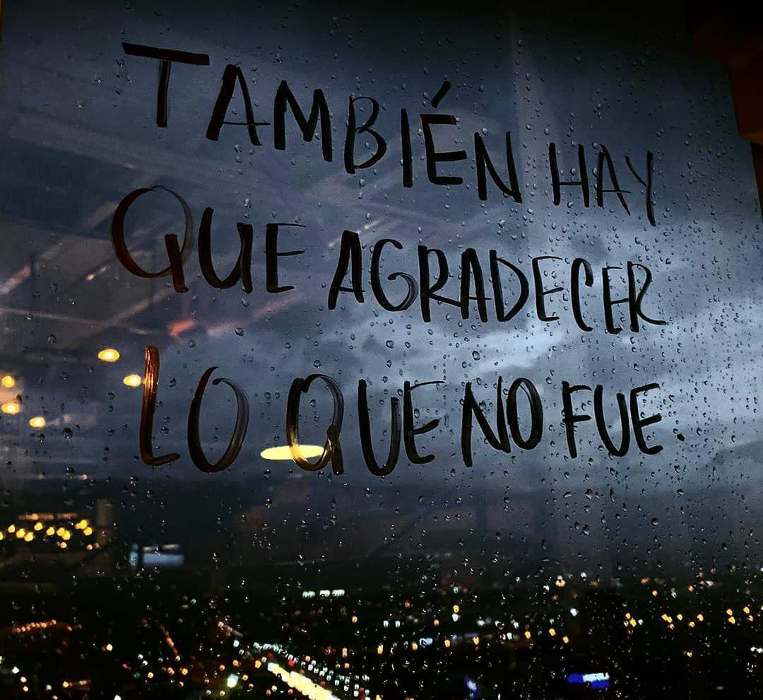 Lo mejor en lo que pasa  • • • • • #anzoategui #lecheria #puertolacruz #NuevaEsparta #sucre #cumana #plc #guanta #bolivar #merida #anaco #margarita #miranda #lecherias #lara #DimeVzla #ptolacruz #coche #noticias #eltigre #monagas #grafico #instaimage  #negociopic.twitter.com/UC347dt949