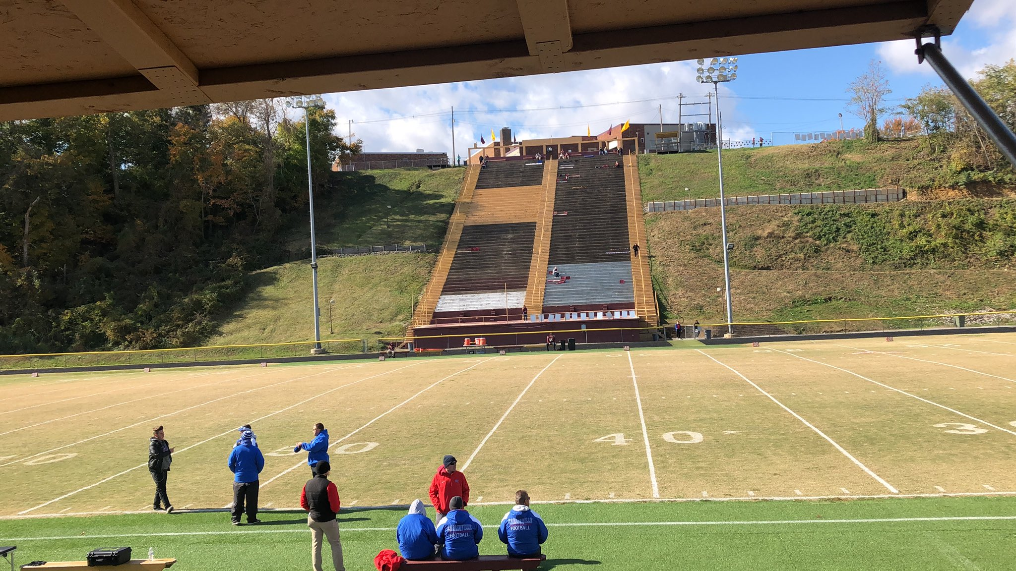 """WSMI Radio Sports on Twitter: """"Carlinville has arrived at the Snakepit in Mt.  Carmel!… """""""