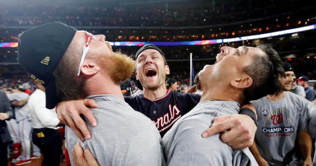 Watch live: Parade honors World Series champs Washington Nationals