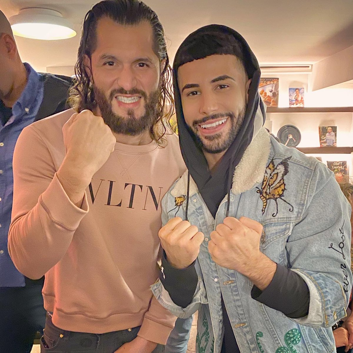 With the baddest mother fu**er !!!! Pleasure meeting you my brotha ❤️ @GamebredFighter