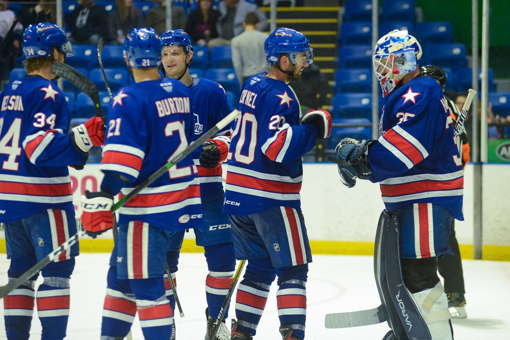Amerks silence first-place Comets