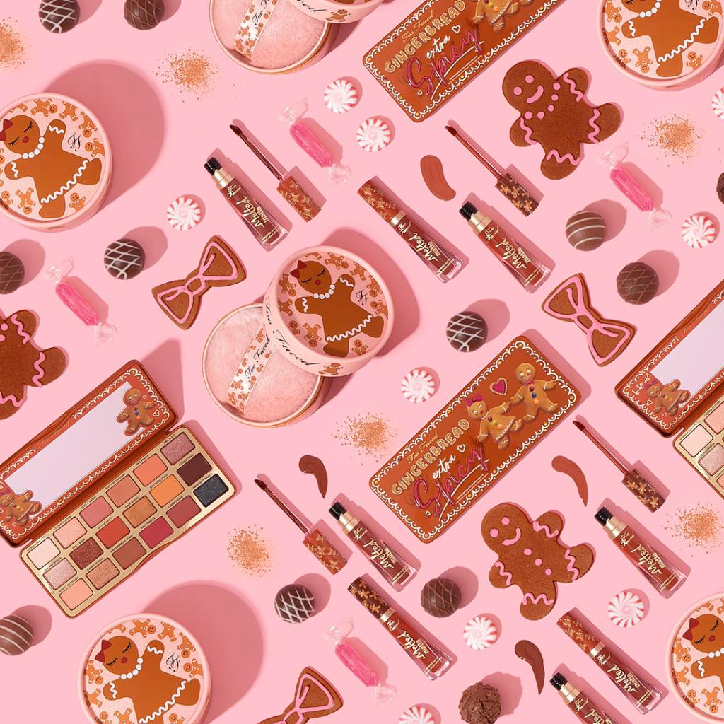 Get 'em while they're HOT! 🔥 Take your rich and spicy daytime look to piping hot nighttime glam with our GINGERBREAD goodies! ✨http://bit.ly/2JGOPK9