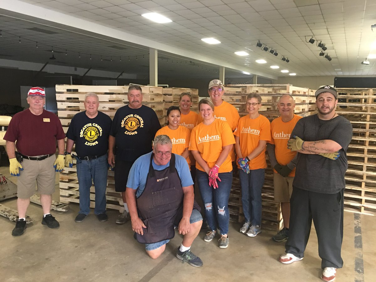 test Twitter Media - Lions and @AnthemInc volunteers packed food and hygiene kits, served lunch to veterans, and worked around the grounds at Camp Camby in Indiana - a community that provides assistance to veterans and families. Thank you, Lions and @AnthemFDN!  #WeServe #AnthemCares https://t.co/z1yX5UrJ4y
