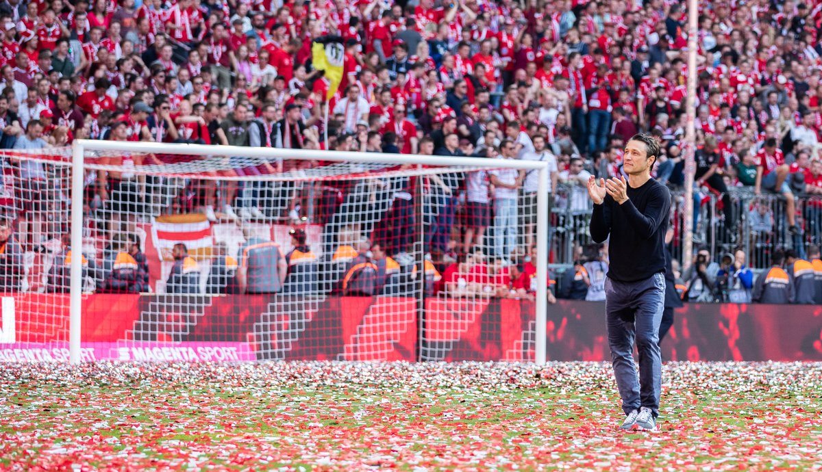 "My brother Robert and I would like to thank FC Bayern for these past 18 months. During that time our team won the Bundesliga, the DFB Cup and the Supercup. It was a good time. I with the club and the team all the very best."" 🗣️ Niko Kovač"
