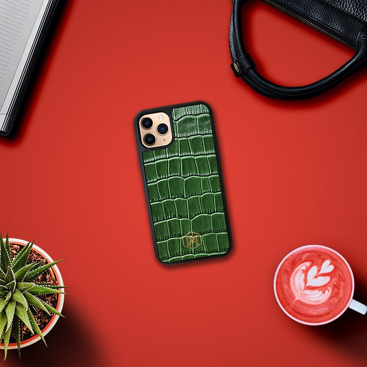 Cover Iphone 11 Rossa in vera pelle - Andrea Morante ®️