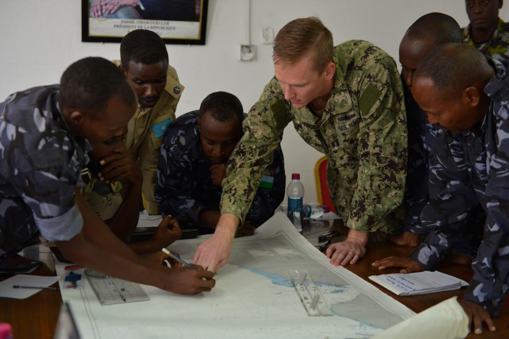 #CutlassExpress 2019.2 is in full swing in Djibouti! The exercise brings together #USNavy partners to improve regional cooperation and help the U.S., East African and Western Indian Ocean nations increase capabilities to counter illicit maritime activity. #NavyParterships