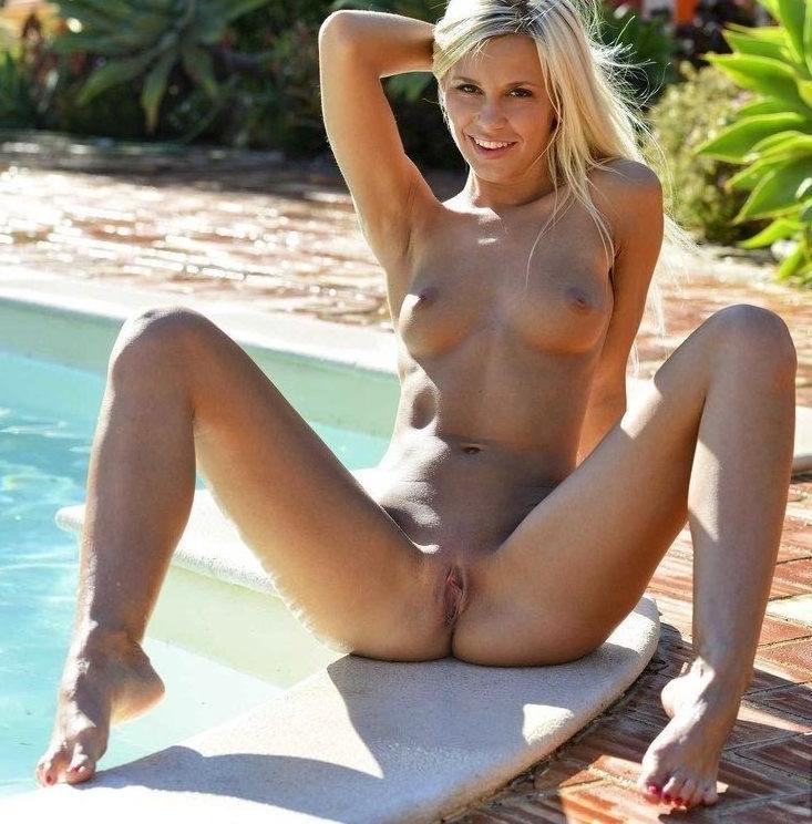 Lola Myluv Bikini Hot X Hamster 1