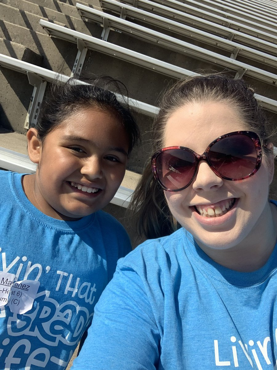 Beautiful day out here! Rainwater 5th grade track meet! Let's go Rockets!!! @CFBRainwater @DlrMaggie #RainwaterRocks #betheexception @CFBISD https://t.co/SxkMaGKk3s