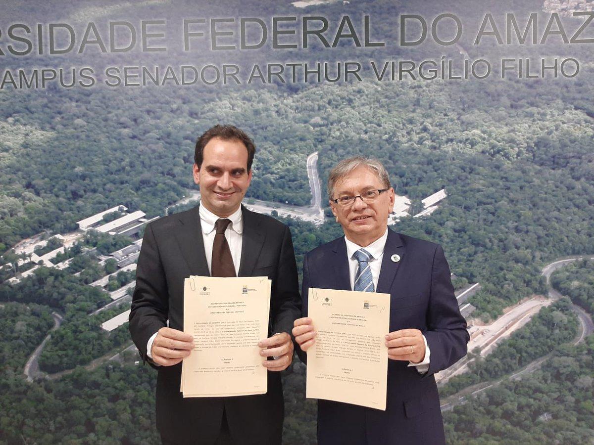 Vice-Reitor da Universidade de Coimbra, João Nuno Calvão da Silva e o Reitor José Arimateia Dantas Lopes. #GCUB #UFPI #minhaUFPI #UC  via @ufpioficial