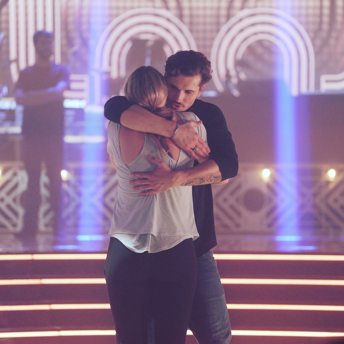 No pain. No gain. Who needs healthy ribs when you get good hugs from @Gleb_Savchenko when you need them? Lol I'm so honored to be on @dancingabc. Don't forget to tune in tonight and VOTE VOTE VOTE. Text Lauren to 21523. LET'S DO THIS.