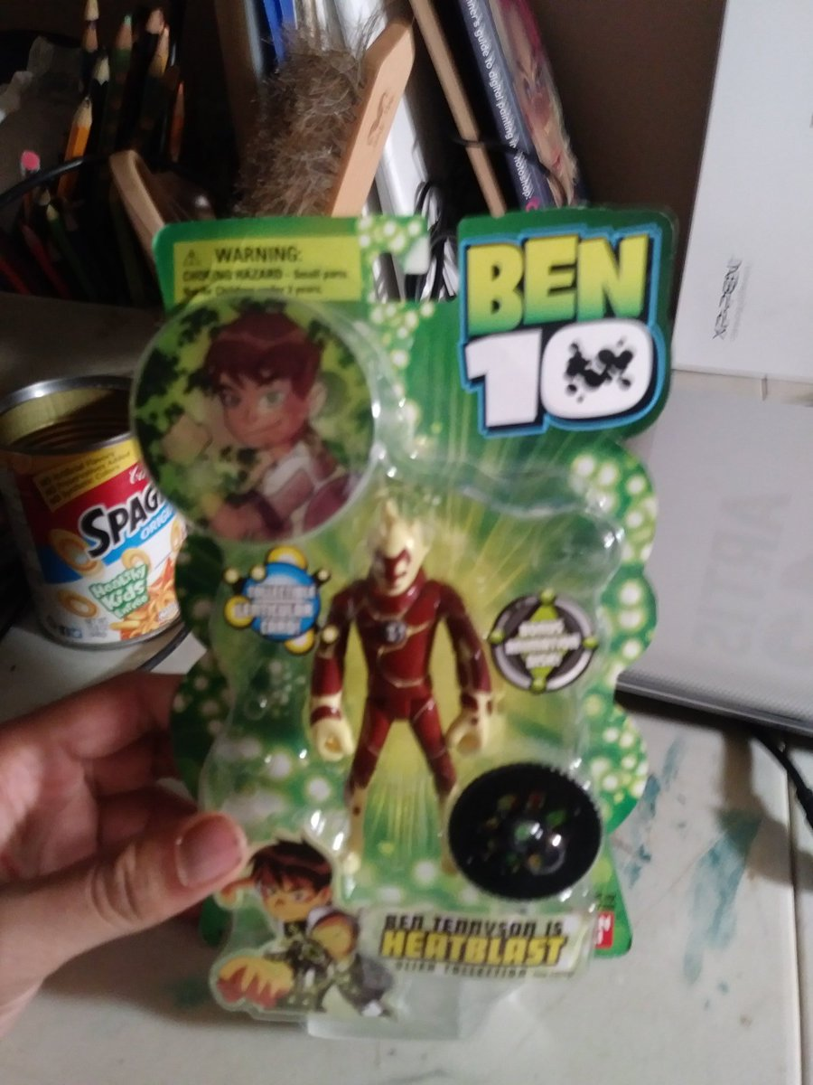 Ladies and gentlemen, I present to you a legendary piece of my childhood. Ben 10 original action figure #heatblast😍😍😍 I'm never selling this EVER. I love Ben10 so much😫😫😫 I'm so happy I finally have it!  #ben10 #omnitrix #aliens #cartoonetwork
