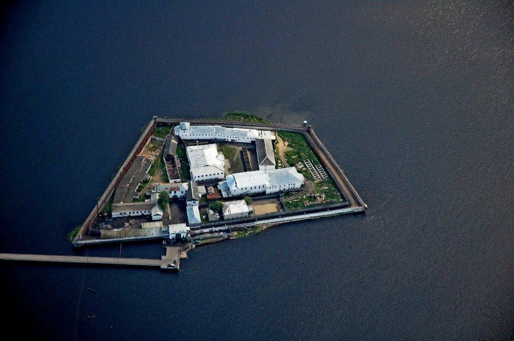 Лебединый остров в париже фото быстрее дешевле