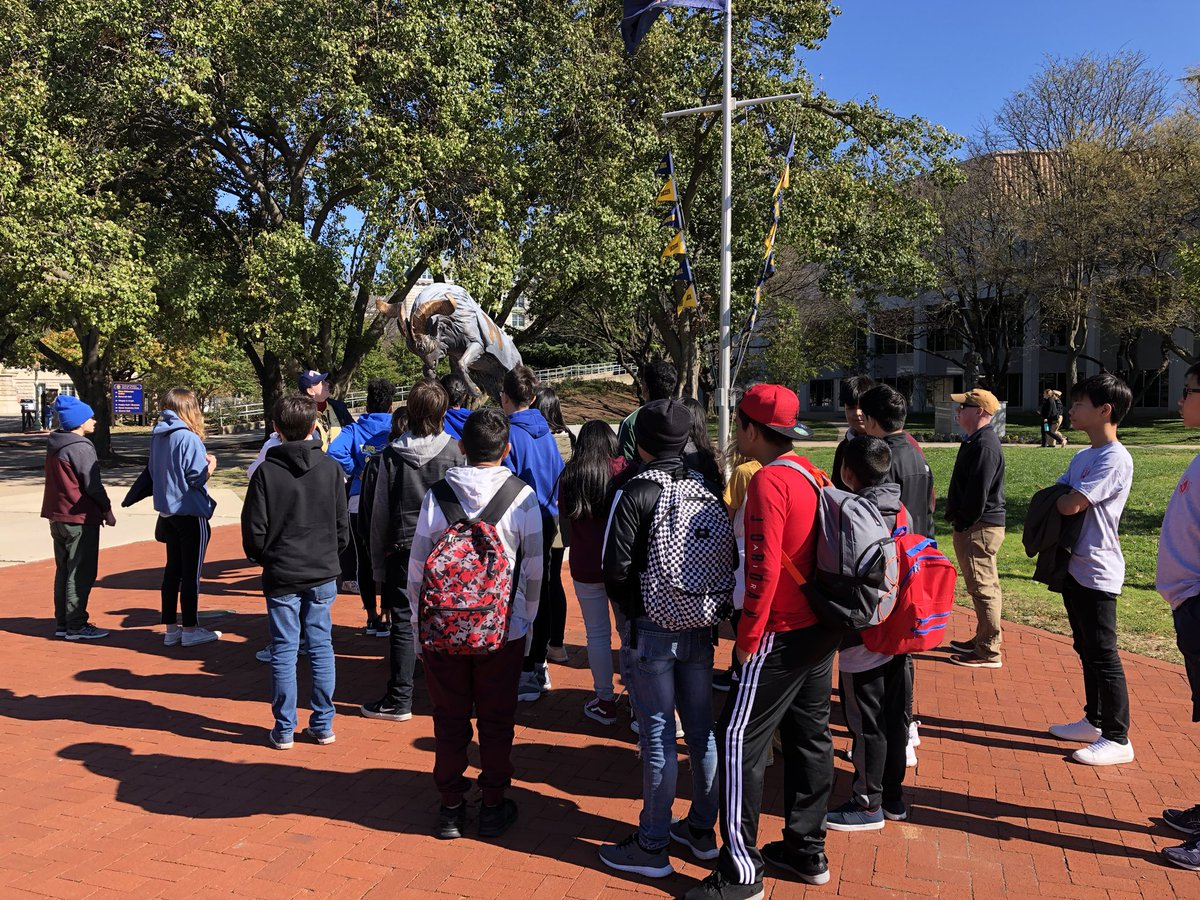 Great college visit to <a target='_blank' href='http://twitter.com/NavalAcademy'>@NavalAcademy</a> today! <a target='_blank' href='https://t.co/gyddYi7qFl'>https://t.co/gyddYi7qFl</a>