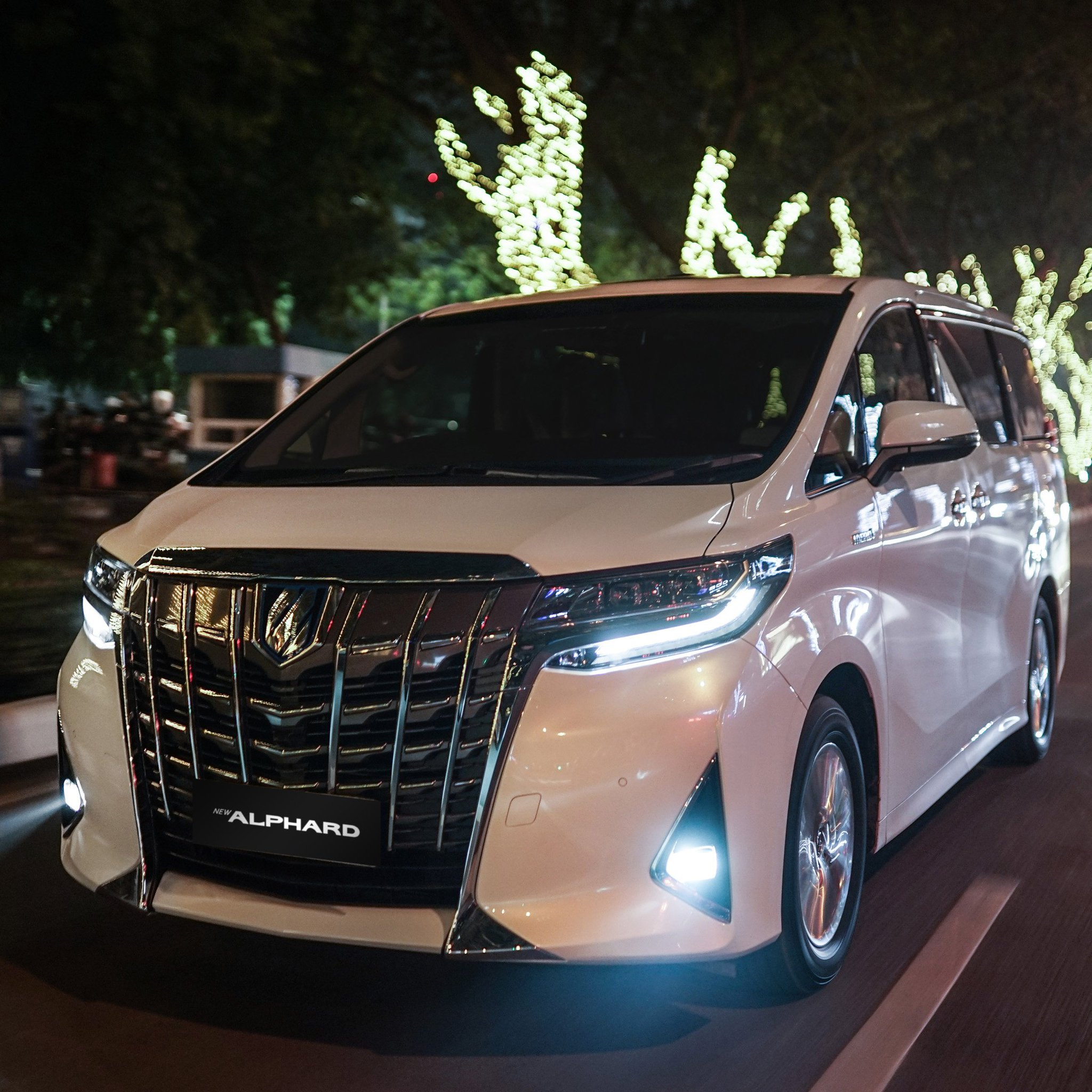 Kelebihan Mobil Toyota Perbandingan Harga
