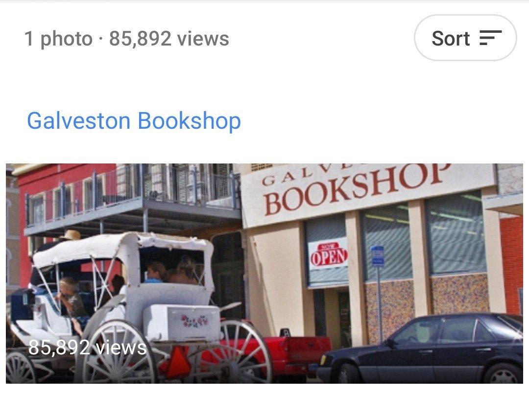 Pat Jakobi's photo of the shop has 85K views on Google maps.
