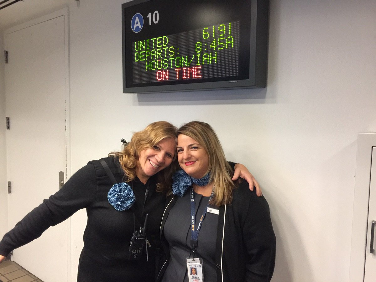 32 Star Flights in a row out on time or early, for the first 5 days of the month! Pittsburgh works together day in and day out providing superior service to start our airline off right. @weareunited #winningthelines