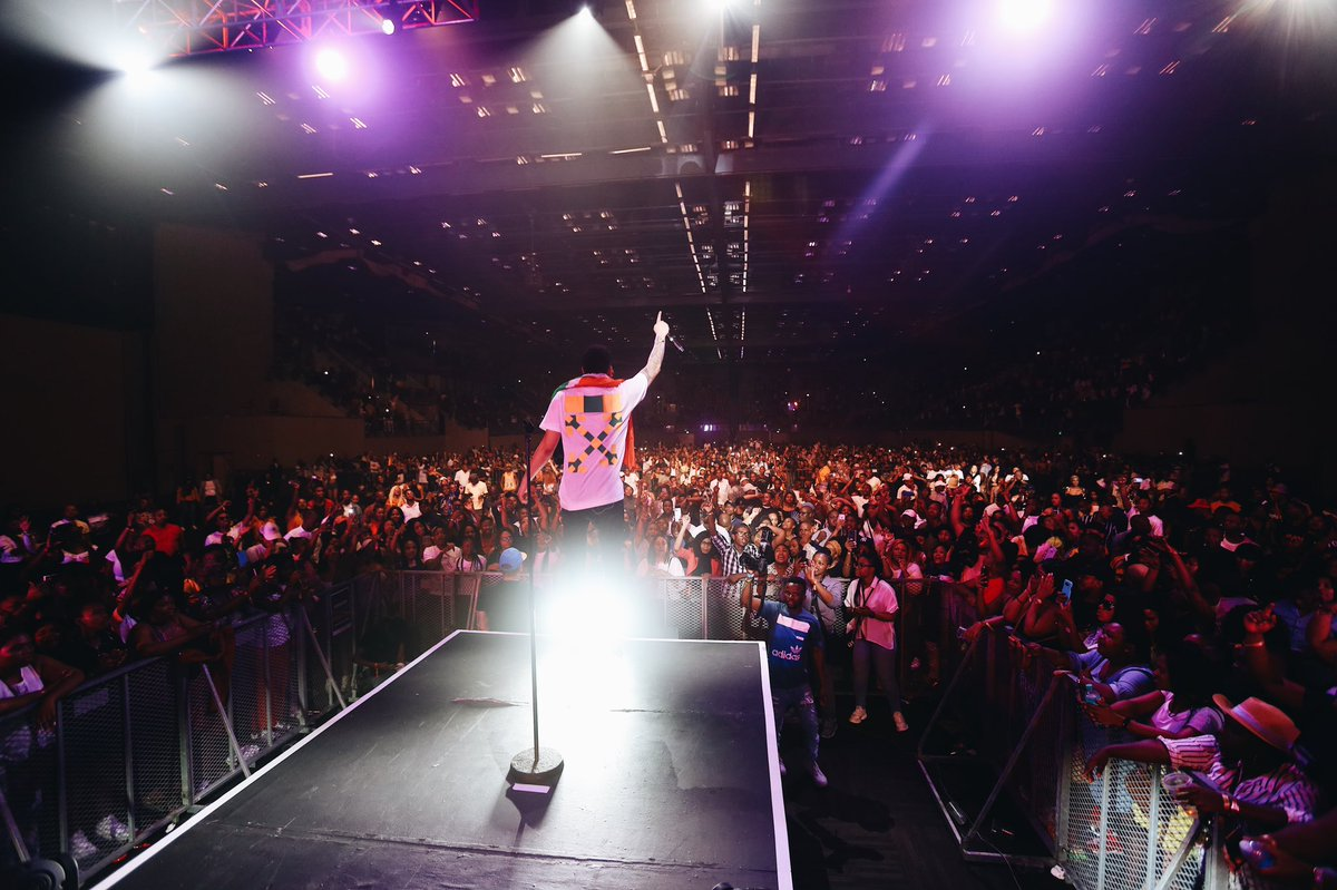I really can't THANK YOU enough for the other night  #AKAOrchestraEthekwini <br>http://pic.twitter.com/h56BbPz3DL