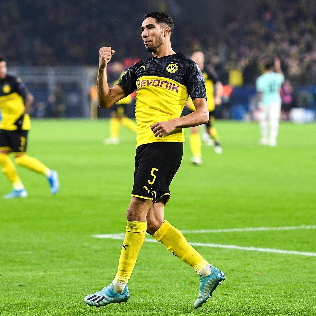 HT: Dortmund 0-2 Inter 77': Dortmund 3-2 Inter  Achraf Hakimi leads the comeback  <br>http://pic.twitter.com/3OvmB3qh3Q