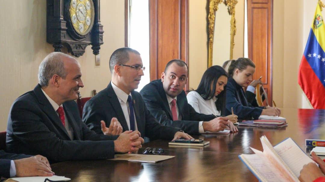 CEOFANB - Venezuela un estado fallido ? - Página 38 EIoP8kVW4AIVr1H