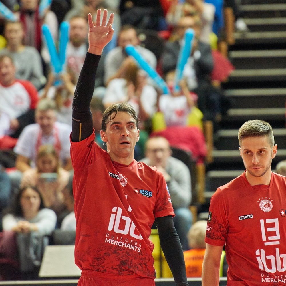 """After our match in @CEVolleyballCL @Giba7 said: """"(...) Team need to train more, find more sponsors and keep promoting this beautiful sport. It's super important that the club are doing this. (...)""""   #GoPolonia #ilikeibb #CLVolleyM #Giba  pic. sandsphotos https://t.co/GZNqItiO1m"""