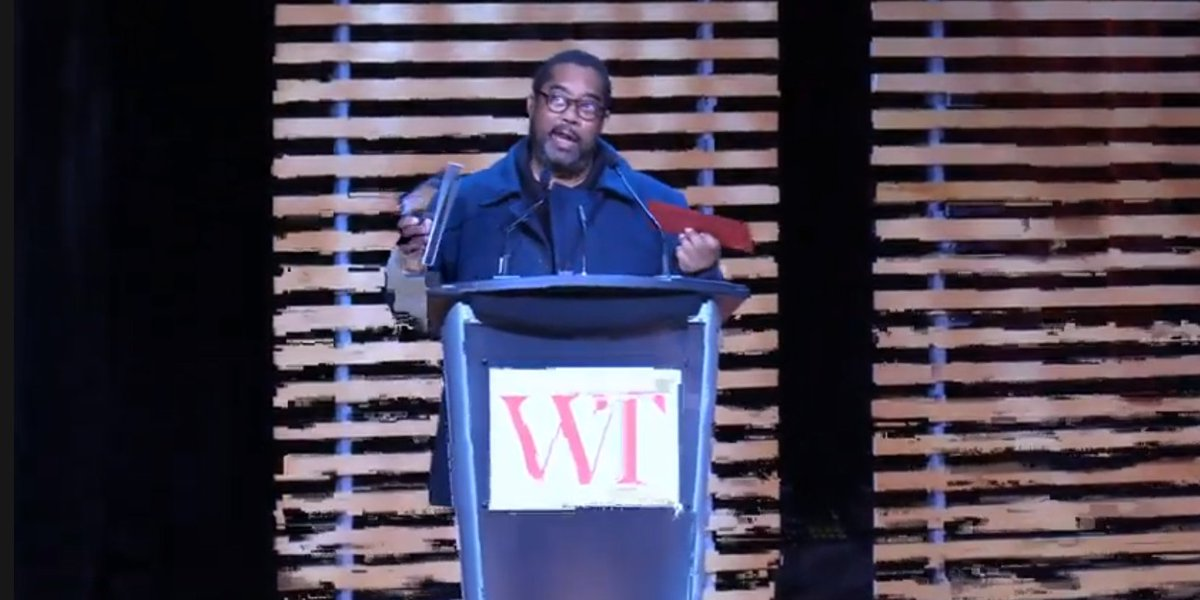 """I'm speechless, thank you."" - 2019 Rogers Writers' Trust Fiction Prize winner #AndréAlexis #WTAwards #RogersFiction #canlit #diversecanlit #DaysbyMoonlight"