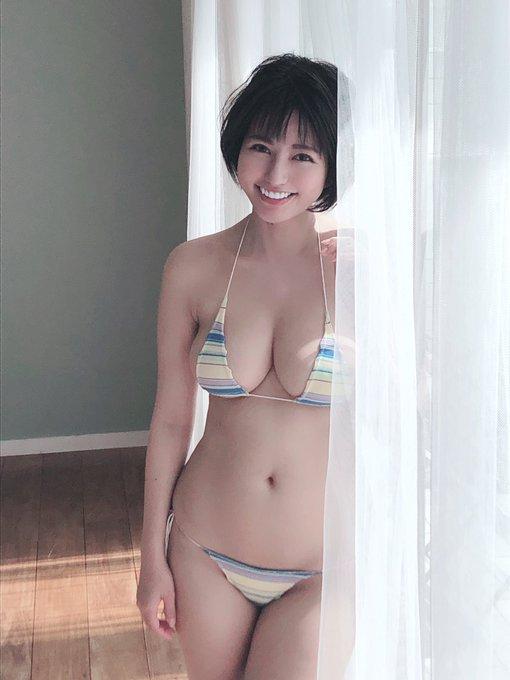 グラビアアイドルヴァネッサ・パンのTwitter自撮りエロ画像10