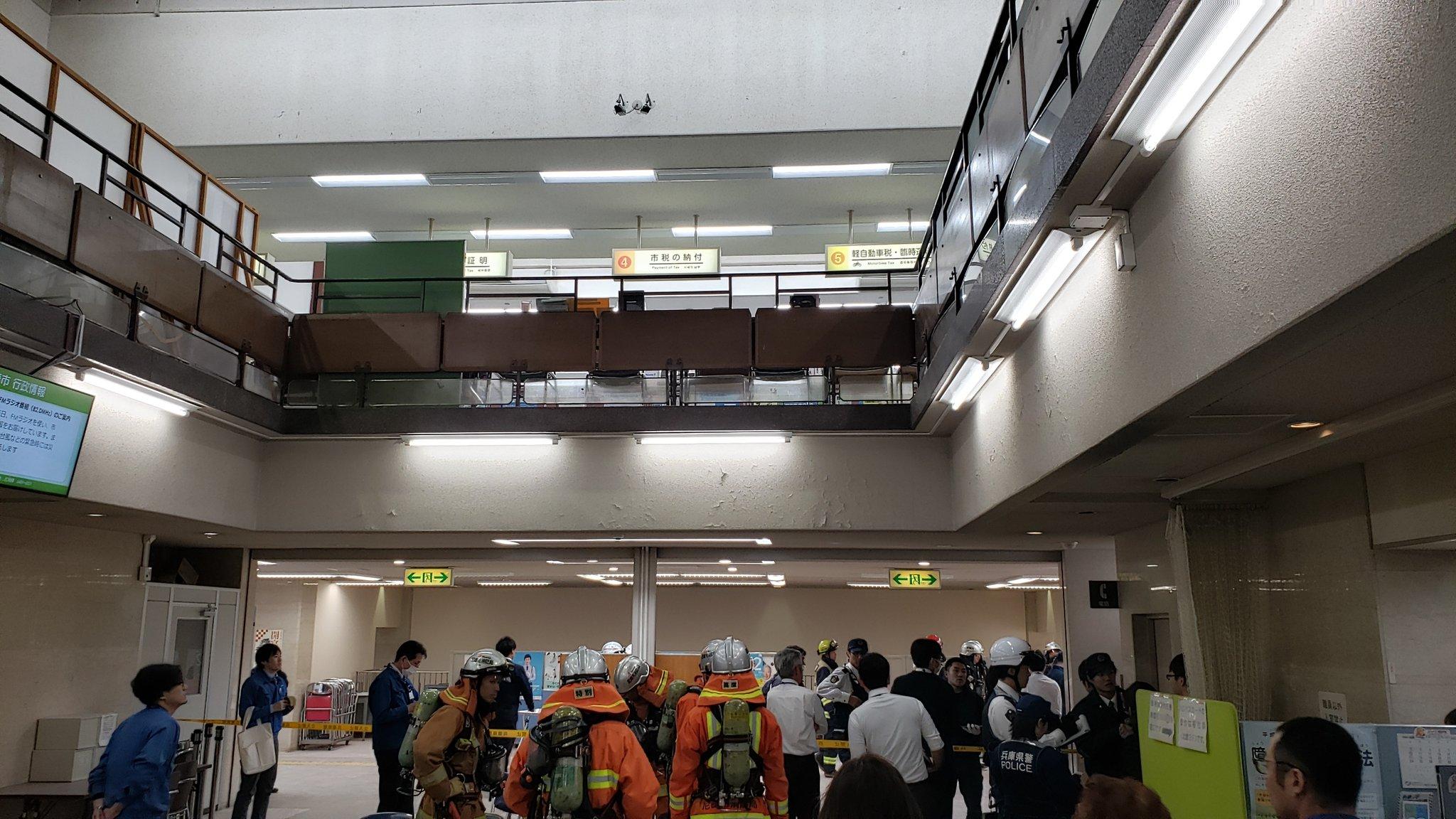 尼崎市役所で放火事件が起きた現場の画像