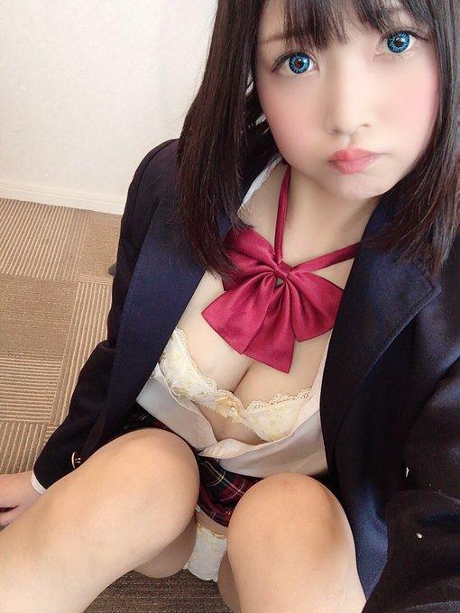 AV女優山井すずのTwitter自撮りエロ画像10