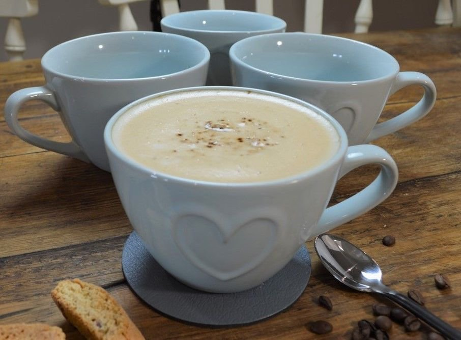 #FOLLOW US & #RETWEEET this post to #win our #christmas #competition   Set of 4 COUNTRY HEART Duck Egg Blue LARGE CAPPUCCINO COFFEE MUGS,  https://www. ebay.co.uk/itm/3527735730 88  …   #free #giveaways #WinItWednesday #freebietuesday #Freebiefriday #MondayMotivation #SundayMotivation<br>http://pic.twitter.com/YJ54oHdJCW