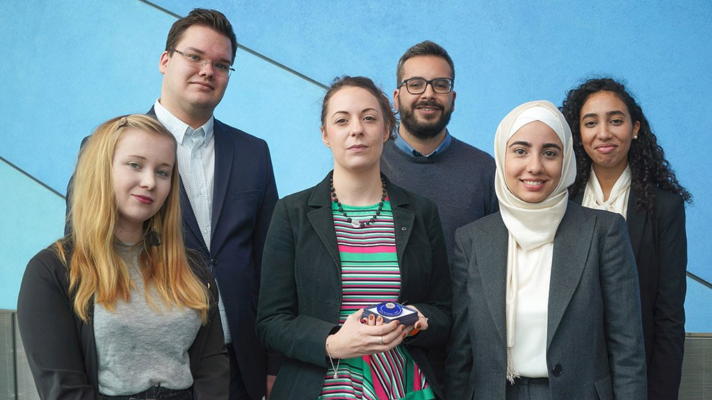 Meet the winners of this years Charlemagne Youth Prize! Are you aged 16-30 and working on a project with a European dimension? Then apply for the 2020 Charlemagne Youth Prize and win funds to further develop your initiative ➡️ eptwitter.eu/qkKG