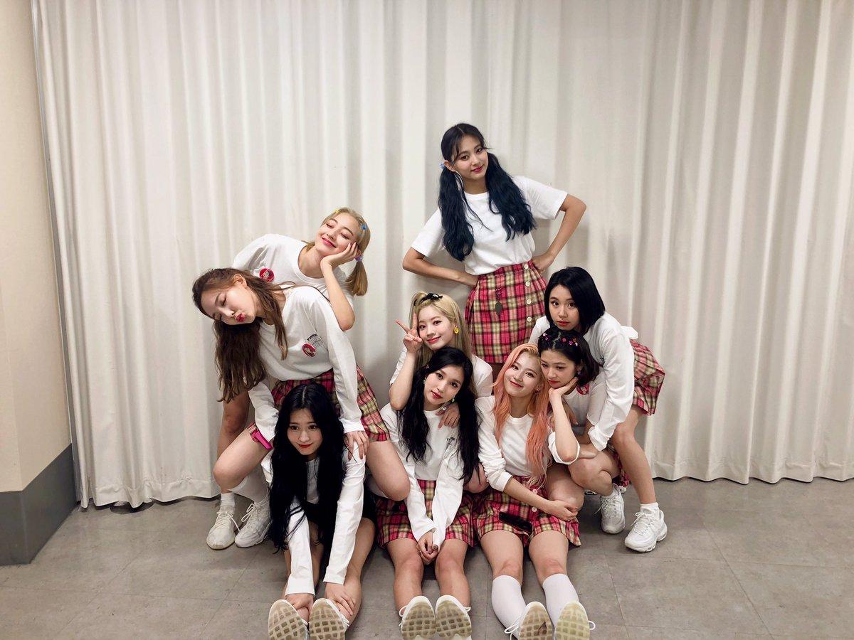 TWICE WORLD TOUR 2019 'TWICELIGHTS' IN JAPAN@大阪初日! TWICEとONCEの大切な縁を感じることができるステージでした❤️ONCE!明日も大声で応援してくれますよね?📣 #TWICE#TWICEWORLDTOUR2019 #TWICELIGHTS