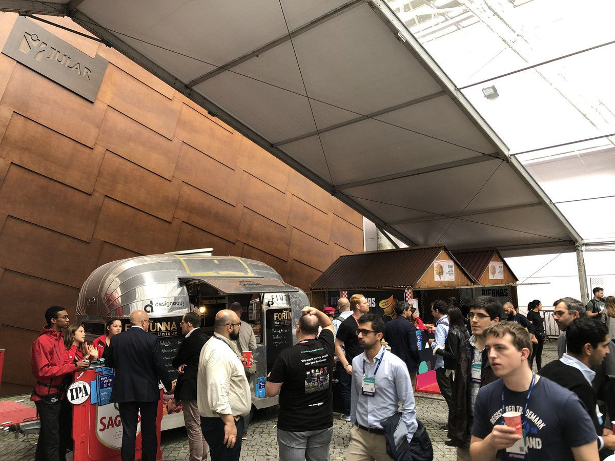 Feeling hungry? There's something for everyone in the food halls at #WebSummit 😋 #WebSummit19 https://t.co/KvQddyPjw3