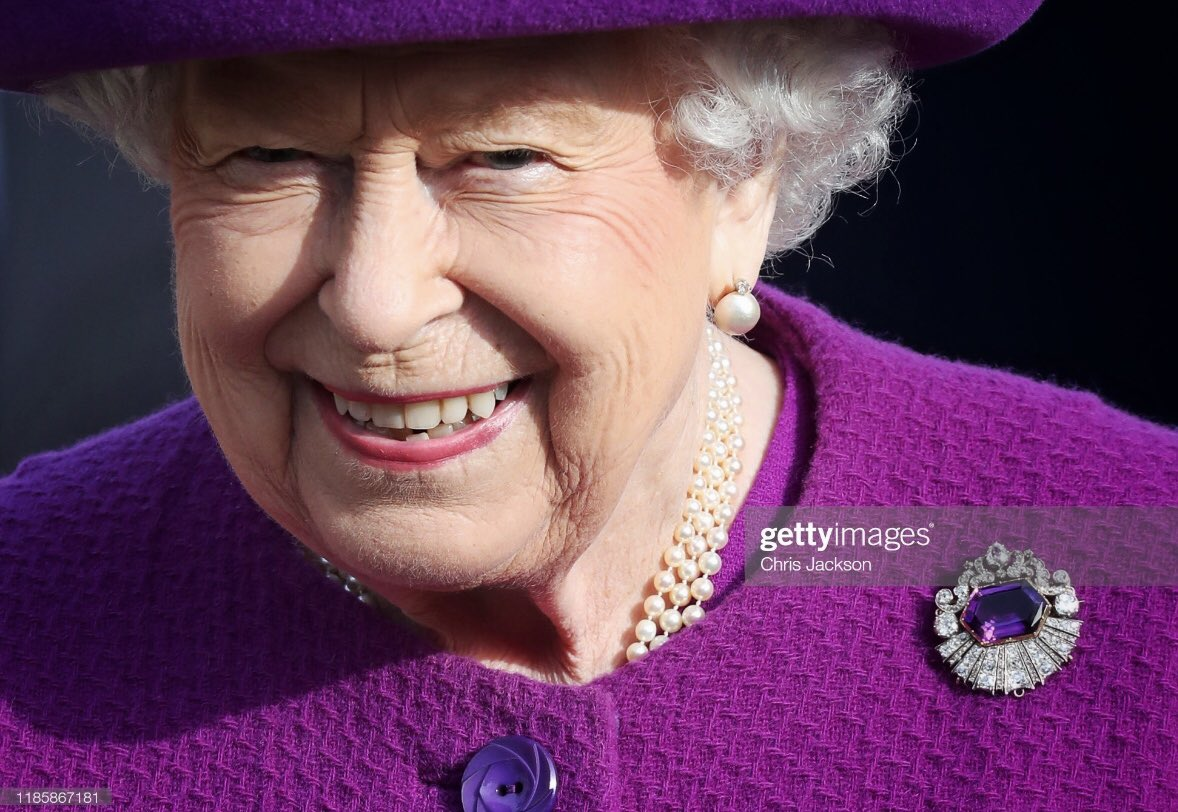The #Queen began a period of Remembrance today as she visited the Royal British Legion Village in #Kent - Appropriately wearing one of the Kent Amethyst brooches that caught the winter sun beautifully 🙏🏻