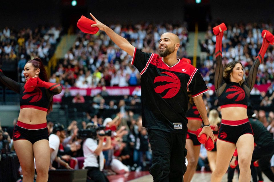 #Raptors vs #Kings tonight @ 7:30pm 👊 You know we'll have t-shirts for the loudest fans!! 😏 #gameday #nba #northsidecrew #torontoraptors #nbadancers #wethenorth #wethechamps