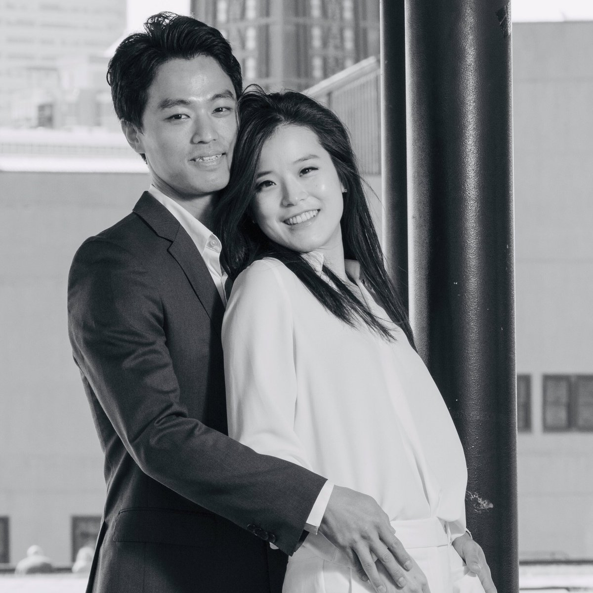 Happy couple!!!   #newyork #newyorkcity #photography #photographer #portrait #saveyourdate #picyourdate #eventphotography #anniversary #뉴욕 #뉴욕여행스냅 #뉴욕웨딩스냅 #뉴욕여행 #뉴욕여행사진 #여행에미치다_뉴욕 #뉴욕커플스냅 #뉴욕스냅 #뉴욕웨딩 #웨딩스냅 #뉴욕노을 pic.twitter.com/o7bVG4YnZU