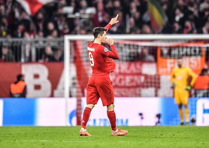 Bayern Munich se impuso por 2-0 Olympiakos y se aseguró un lugar en octavos de final de la Champions League (VIdeo) EIttKd_WsAEAxeS?format=jpg&name=small