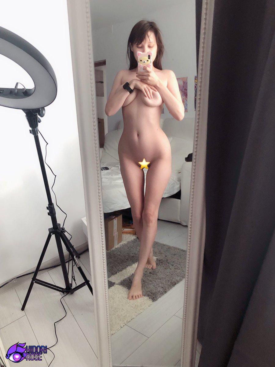 """Might not be glamorous but you can find me at my most natural daily on my Private Snapchat if you'd like to see more ~ You can add me by joining the Private Rose or Private Rose Plus tiers on Patreon or get """"text"""" from MV ⭐️patreon.com/HidoriRose ⭐️hidori.manyvids.com/text"""