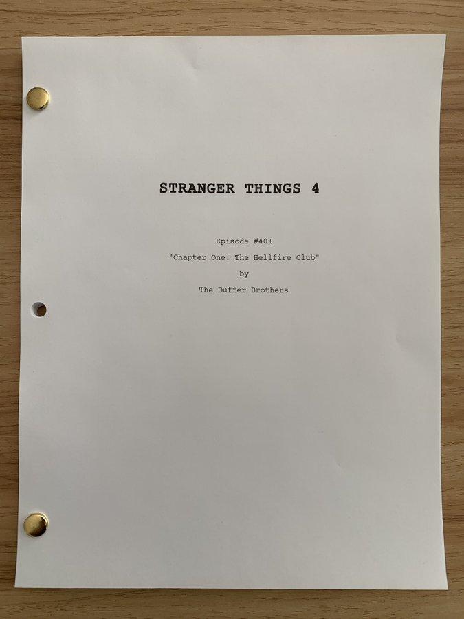 Guión STRANGER THINGS 4