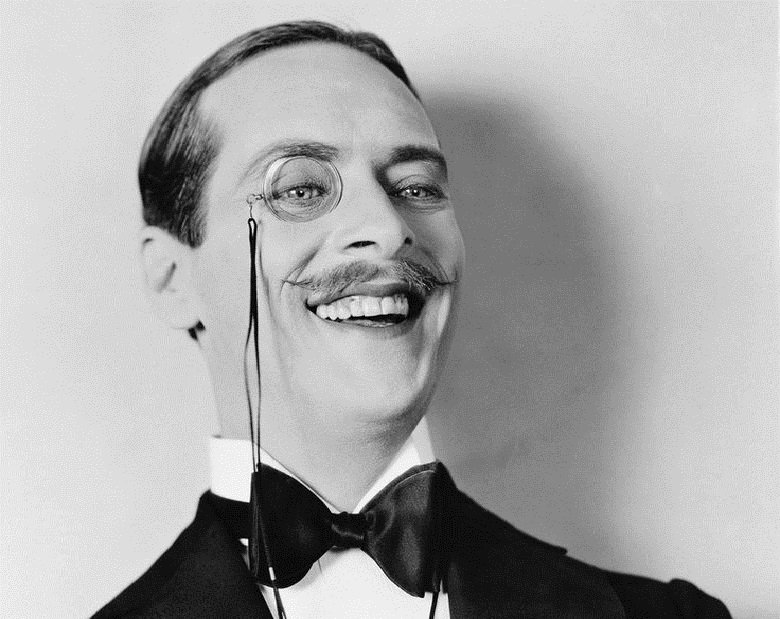 Since 1900, the New York Times has published at least 5 articles announcing the return of the monocle.